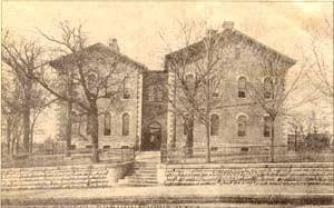 old school building2web